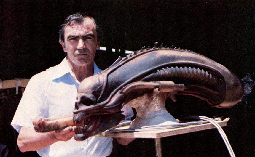 Carlo Rambaldi y molde de alien